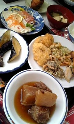 沖縄料理バイキング